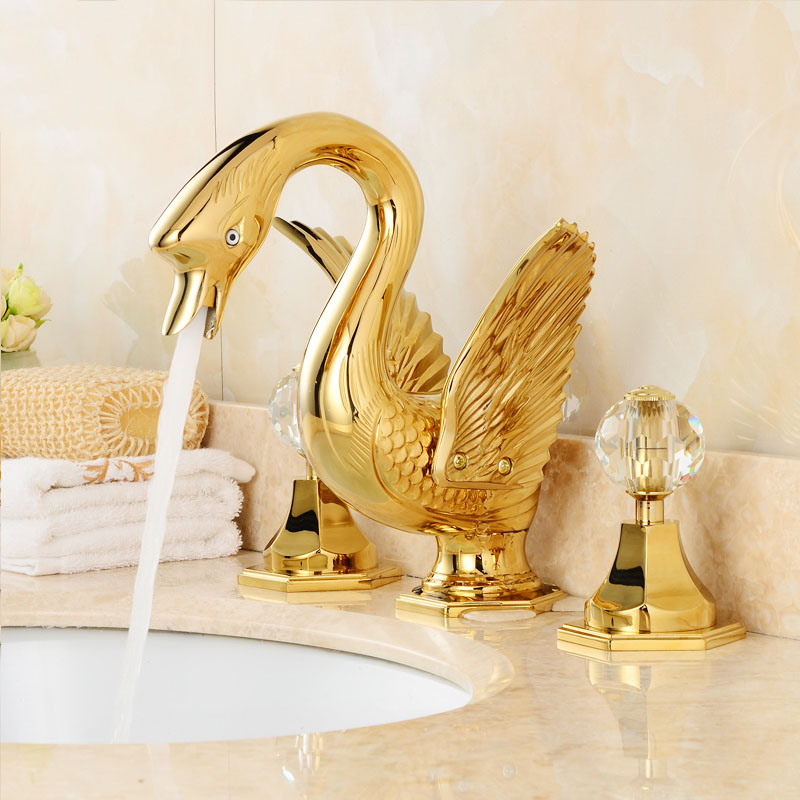 Brass PVD Golden Finish Fission Basin Faucet Double handle Three Holes Basin Faucet European style Swan Water Mixer Tap GD01