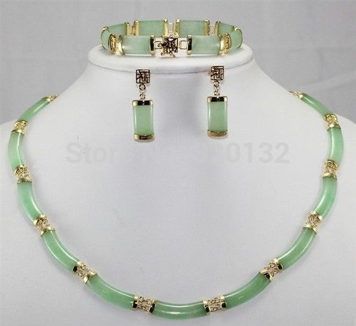 купить Hot sell -Nobility bridal Woman's Noble green Natural stone earring bracelet necklace set Wholesale Plated gold Jewelry ho -Top по цене 2642.38 рублей