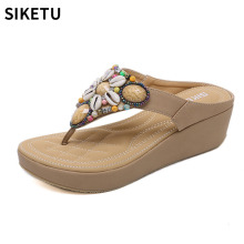 лучшая цена New Arrival Women Summer Leather Strap Sandals Top Quality Shell Rhinestone Design Female Bohemian Beach Sandals