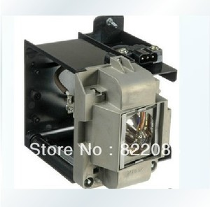 Free shipping  projector lamp bulb VLT XD3200LP for WD3300;WD3300U;XD3200;XD3200U;XD3500U|lamp bulb holder|lamp bulb replacement|lamp bulb -