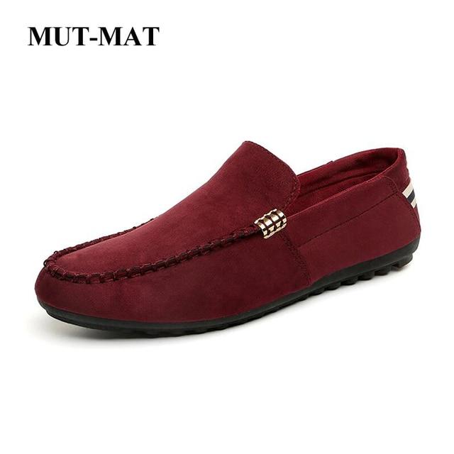 2019 nuevos zapatos de hombre de moda Primavera estilo suave mocasines de hombre zapatos de cuero de alta calidad hombres planos de Metal decoración de conducción zapatos