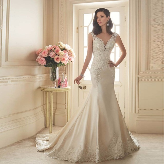 2017 Elegant V-Neck Mermaid Wedding dresses Plus size Sleeveless Appliques Satin Wedding dress Robe de mariage Vestidos de novia