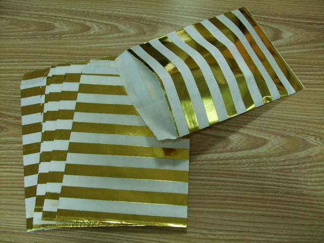 Lowest Free Shipping 100pcs Foil Gold Candy Bags in Stripes Gold Paper Bags  Popcorn Snack wrapping bags for Wedding School Party 0533b97034d5