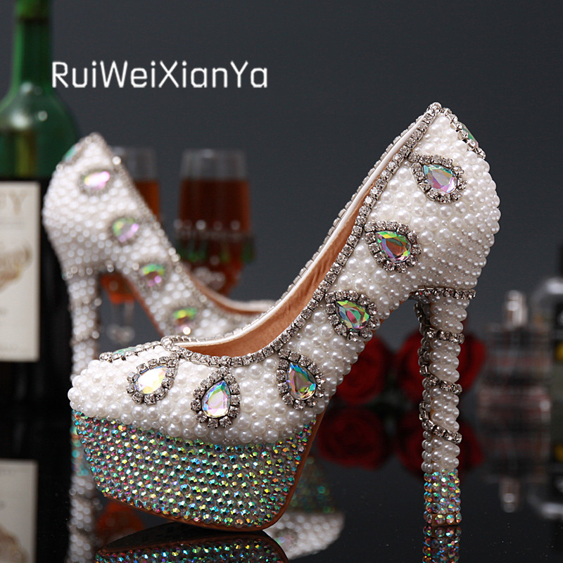 2017 New Fashion Spring Ladies Party Shoes Women Pumps High Heels Luxury Bride White Wedding Shoes Crystal Diamond Plus Size Hot 2017 new fashion spring ladies pointed toe shoes woman flats crystal diamond silver wedding shoes for bridal plus size hot sale