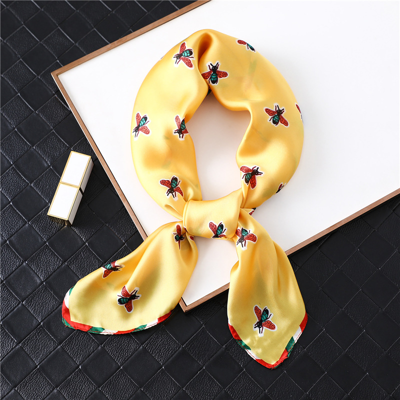 Luxury Bee Print Silk Scarf Women Foulard Square Neck Scarves Wrap Brand Lady Headband 2020 Designer Hair Band Scarves Kerchief