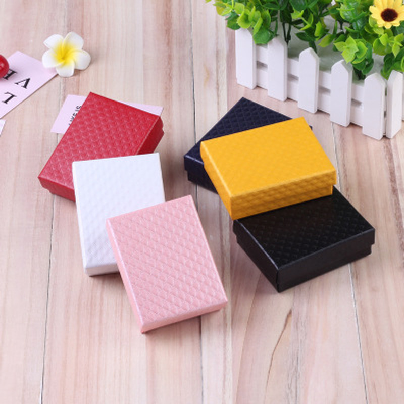 24Pcs 7x9cm Jewelry Gift Box Diamond Pattern Paper Jewellery Packaging for Necklace Ring Earrings Display Box with Black Sponge