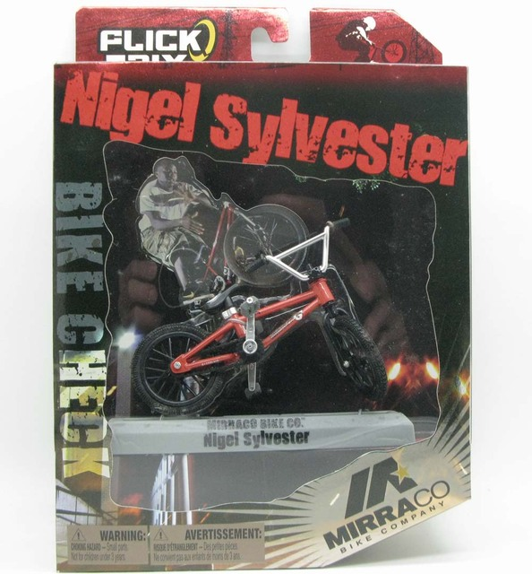 NEW Flick Trix Bmx Finger Bike Cycle Star Vehicle Aaron Ross Mike AitkenNovelty & Gag Toys