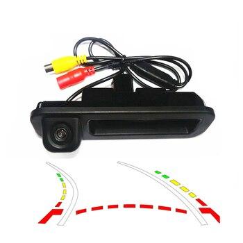 1090K CCD1/3 HD marcha atrás trayectoria pistas cámara de visión trasera coche cámara de visión trasera automática reversa para Ford Focus 2012 interruptor de maletero