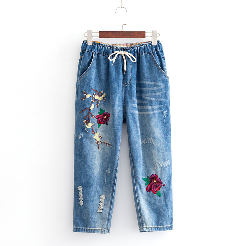 2019 Plus Size Casual Jeans Summer Women Clothing Fashion Loose Rose Embroidery Denim Calf-Length Pants S7-1802