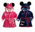2015 nueva 6 color de franela cómoda niños pijamas robe mickey, niñas Minnie niños ropa de dormir albornoz con un cinturón al por menor