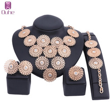 Big Dubai Gold Color Crystal Jewelry Sets For Women Flower Necklace Set African Beads Jewelry Set Nigerian Wedding Gift luxury dubai jewelry sets women crystal gold wedding accessories flower necklace wedding african beads jewelry set costume