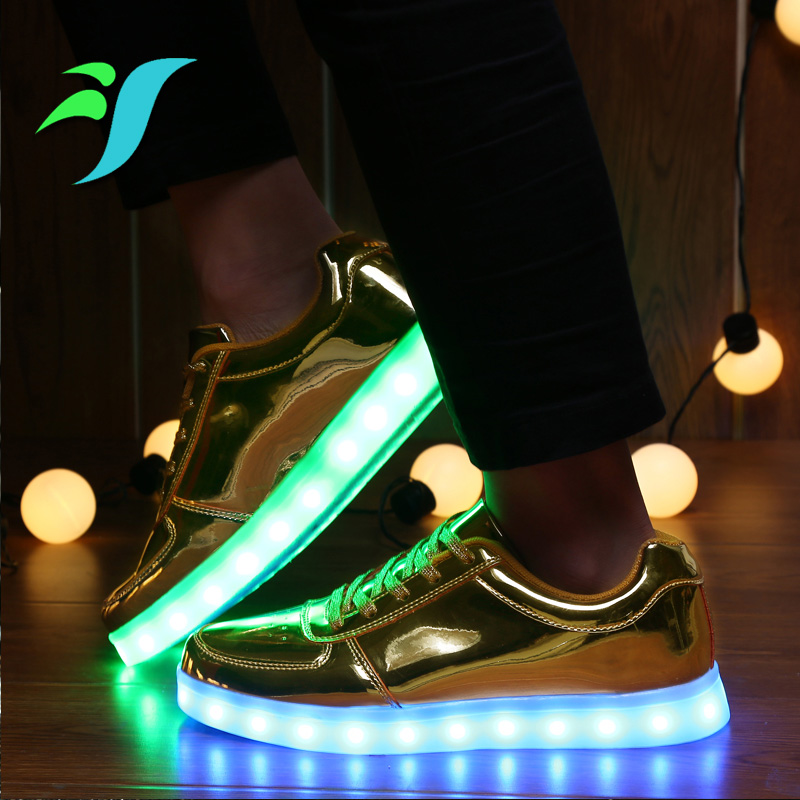 Cool Metal Golden Led Shoes Woman For Adults 7 Color Charging Mens  Chaussures Led Shoes Valentines 2016 Spring Fashion-in Men s Casual Shoes  from Shoes on ... 5412890381de