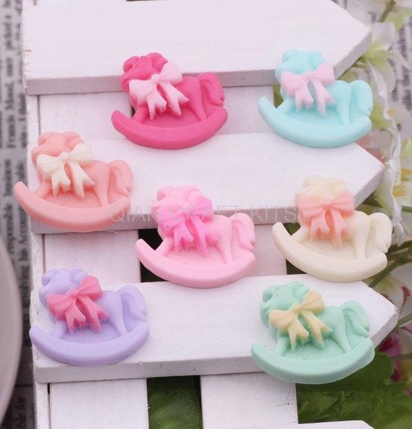 150pcs Mixed colors Kawaii Cute rocking horse Little Flatback Resin Cabochon crafts DIY 25mm Baby shower Fairy Kei