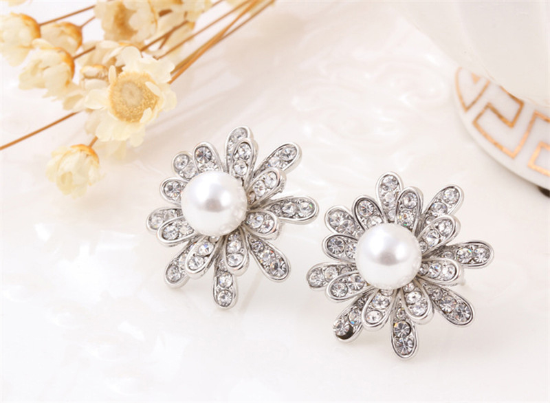 QCOOLJLY Luxury Gold Sliver Color Crystal Jewelry Sets for Women Pearl Snowflake Necklace Earrings Ring Wedding Bridal Jewelry