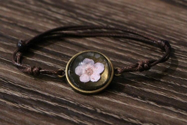 geekoplanet.com - Handmade Natural Leave & Flower Charm Bracelets