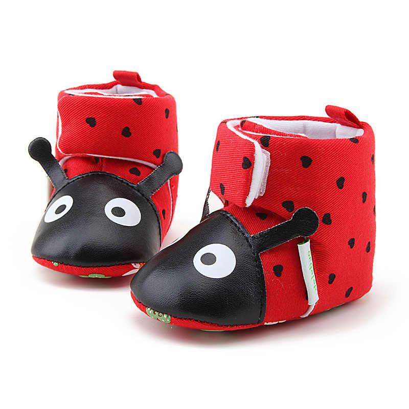Botas de bebé de escarabajo rojo grande de eliminao botas de invierno cálido para bebés recién nacidos 2018 nuevo diseño zapatos de bebé hechos a mano puros