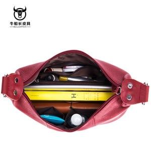 Image 3 - Bullcaptain 2020 nova bolsa feminina bolsas de couro genuíno das mulheres bolsa de ombro 8 polegada sacos do mensageiro para as mulheres casuais borla