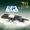 O Envio gratuito de GPS Versão MD-390 DMR Walkie Talkie IP-67 À Prova D' Água com 2200 Mah Da Bateria, fone de ouvido e Programação Cabe