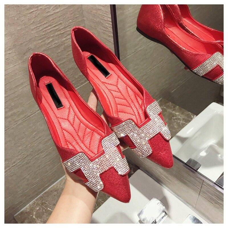 12  SUOJIALUN Vogue Girls Flat Ballet Footwear Bling Crystal Pointed Toe Flats Footwear Elegant Snug Woman Shiny Footwear HTB1 gl z1uSBuNjy1Xcq6AYjFXa8