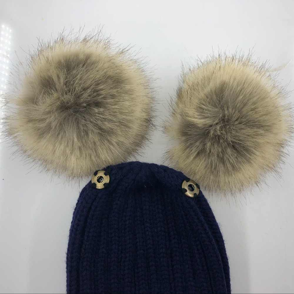 ... Baby Girls Boys Winter Warm Gorros Para Bebe big size 15cm faux Fur  Pompom Ball Kids 32412681b3