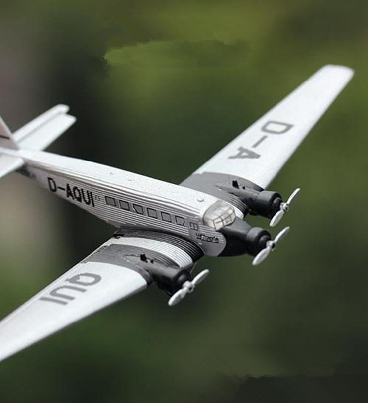 1: 150 Alloy Aircraft Model Toys  High Imitation German World War II Transporter JU52 Aircraft  Collection Model free Shipping model aircraft