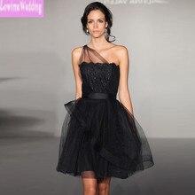 Runway Fashion Celebrity Kleider Sheer Schulter Short Cocktailparty-kleider mit Appliques Mini Prom