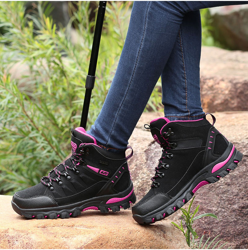 outdoor-hiking-boots-for-men-and-women (24)