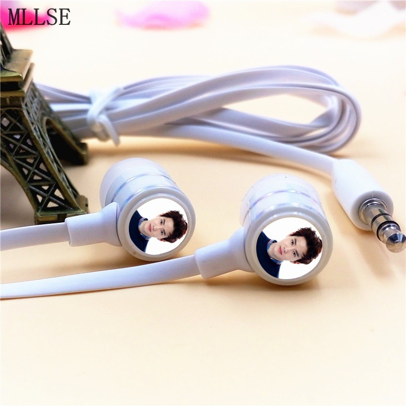 MLLSE Anime EXO EXO-K SUHO In-ear Earphones 3.5mm Stereo Earbuds Phone Music Game Headset for Iphone Samsung MP3 MP4 Player