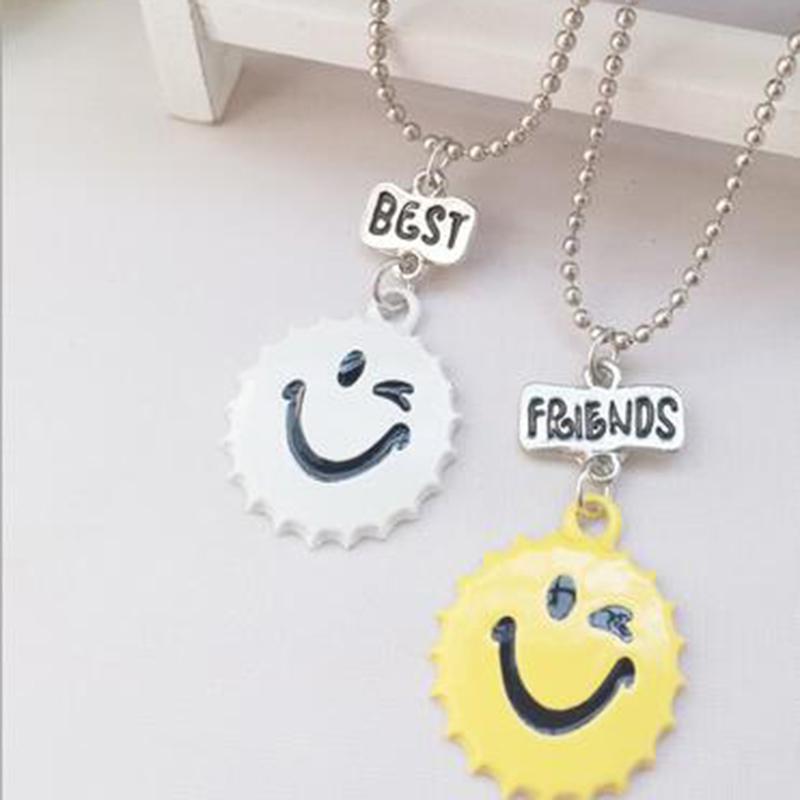 Loura Shace 2pcs Best Friends Selling Smiling Face Cap Necklaces