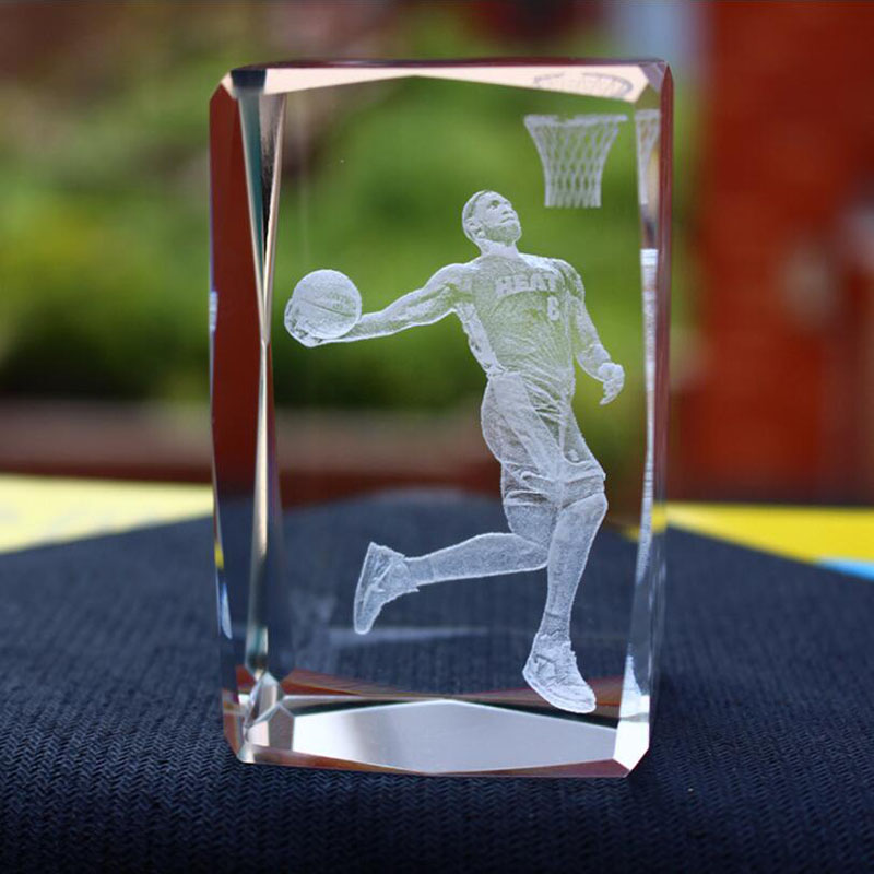 3d Soccers Laser Engraved Quartz Crystal Glass Led Light Cube Figurines Crystals Miniaturas Football Fans Souvenirs Soccer Gift Team Sports