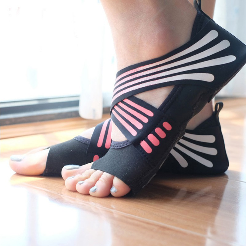 Anti-slip Fitness Dance Pilates Socks Professional Indoor Yoga Sock  Five Toe Backless Fitness Ballet Ladies Socks
