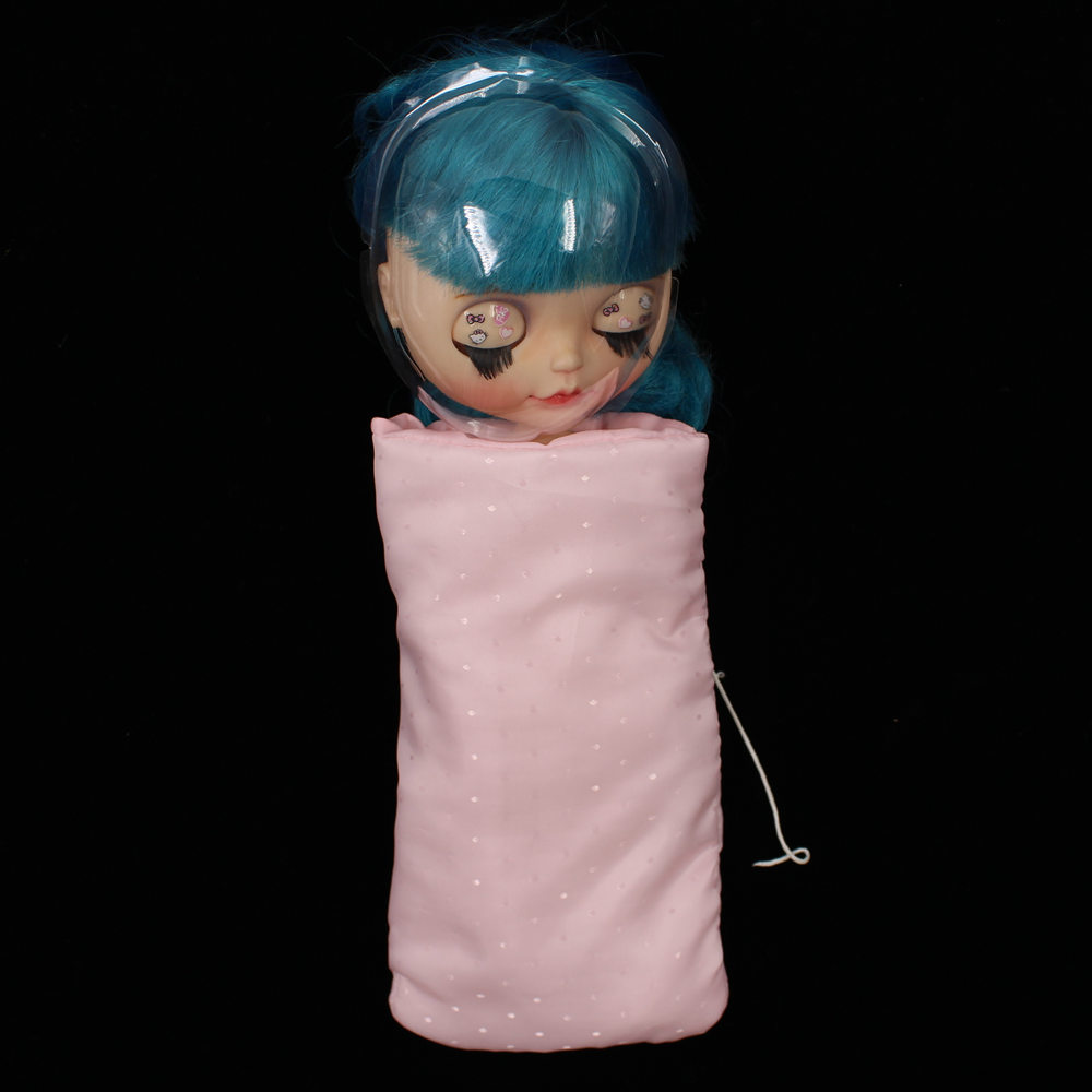 1/6 Blyth Doll Protector,including the box,sleepy bag and the pleastic mask