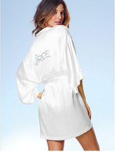 "Satin Faux Silk Wedding Bride Bridesmaid Robes,White Bridal Dressing Gown/ Kimono Bathrobes,""BRIDE""""BRIDE MAID"" Graphic on Back(China)"
