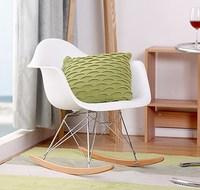 Современные пластмассовое кресло качалка. Модные пластиковый стул для отдыха. Качалка с подлокотниками. Пластмассовое кресло качалка/Попу