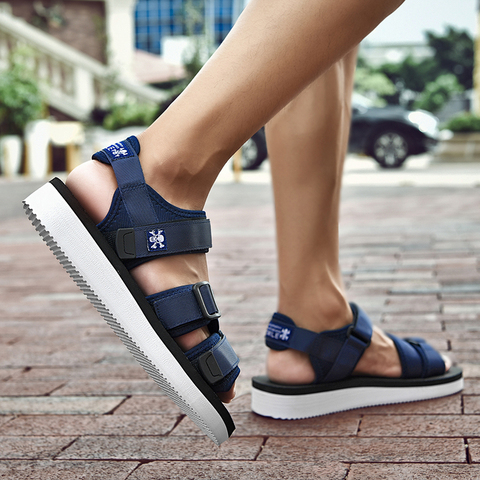 SUROM Summer Beach Flats Sandals Men Shoes Casual Outdoor Fashion Comfortable Lightweight Gladiator Sandals for Men Black New Lahore