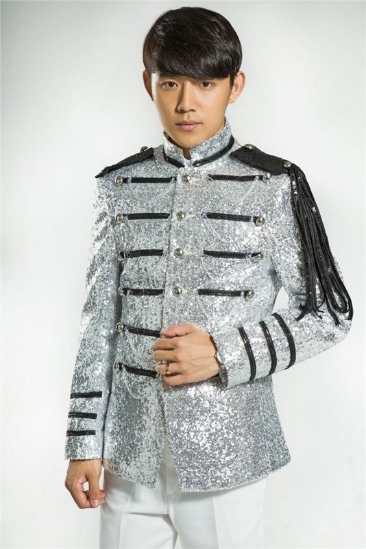 Vyriški blizgantys sidabro sidabriniai kostiumai Kostiumai Homme - Vyriški drabužiai - Nuotrauka 4