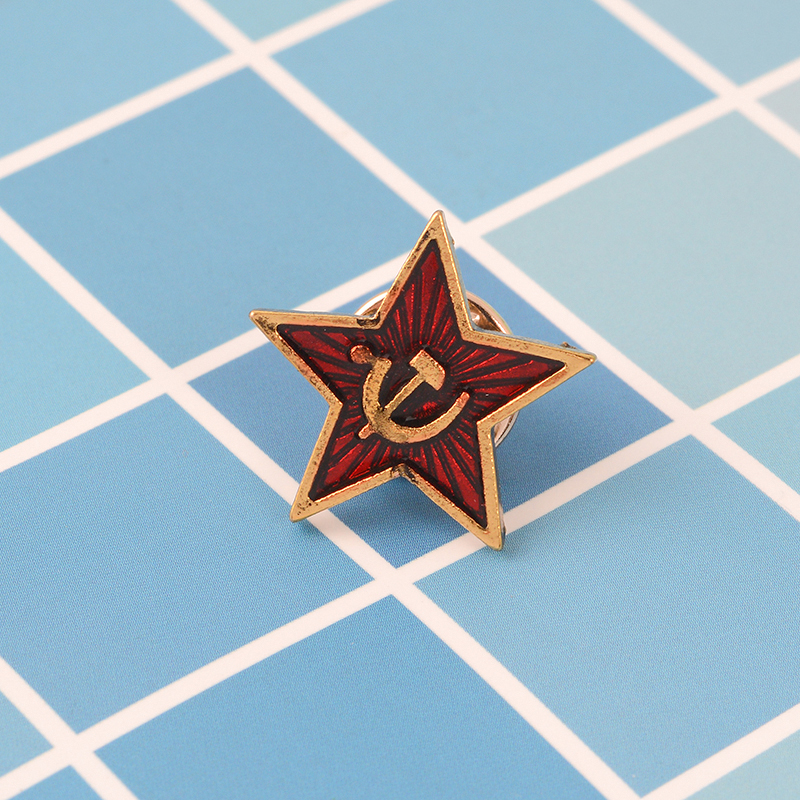 Past national flag Red Army Red pentagram Scythe hammer pin Historical souvenirs interested in the Soviet Union brooches