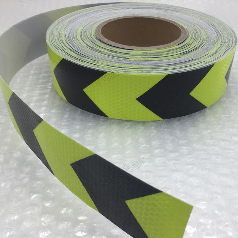 Купить с кэшбэком 5CM x 10M Fluorescent yellow arrow PET Reflective Tape Reflective Safety Warning Tape for car