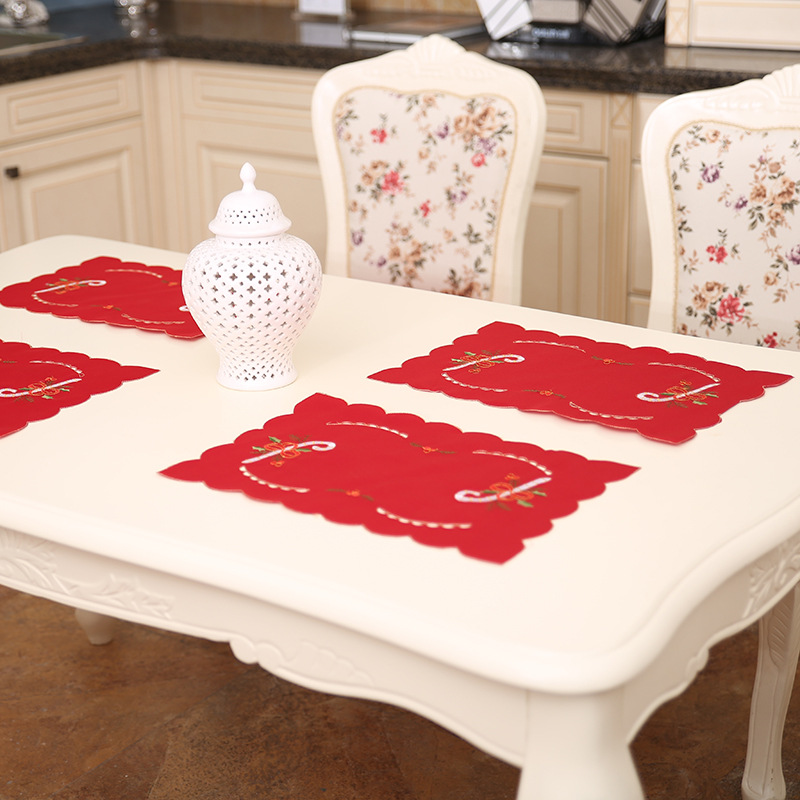 Hot Sales 1 Pcs Set Hollow Embroidered Christmas Table Mat Dining Plate Bowl