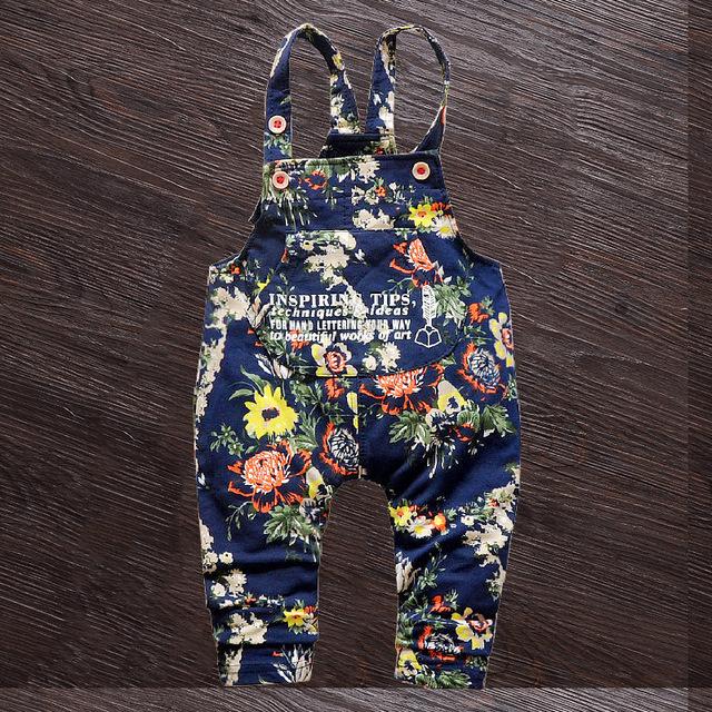 2016 venda quente de primavera e outono meninas Denim calças jardineiras, Algodão Denim infantil macacão macacão Jeans para meninas