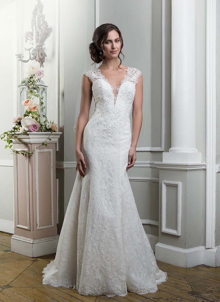 a7ba2ce188 New Design A Line Wedding Dress Lace Fit and Flare Illusion Back Appliques  Vestido De Noiva V Neck Free Shipping NW3282