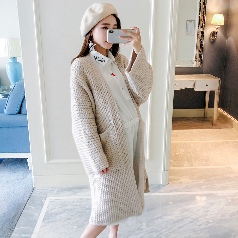 Pregnant women wear loose large size cardigan 2018 autumn and winter new fashion solid color temperament maternity dress [eam] 2018 new autumn round neck long sleeve solid color big dot split joint loose big size black dress women fashion ja88501