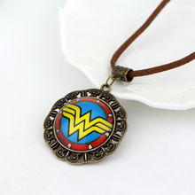 Wonder Woman Fashion Zinc Alloy Pendant Necklace With Link Chain Jewelry For Men & Women