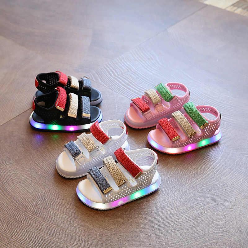 ฤดูร้อน 2019 เด็กใหม่ Beach รองเท้าแตะเด็กรองเท้า LED ลำลองเด็กทารก Pu หนังเรืองแสงรองเท้าแตะเด็กชายรองเท้าแตะ
