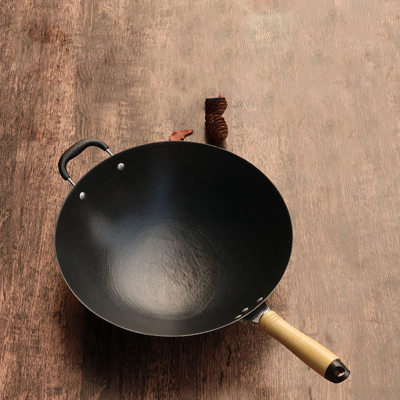 Image 3 - Cast Iron Wok Home Uncoated Manual Non stick Pan Round Bottom Induction Cooker Gas Stove Wok Frying Pan  Cooking  Non Stick Pan-in Pans from Home & Garden