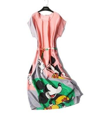 Joli dessin animé mickey soie ver robe avec manches chauve-souris soie lâche groupe dentelle robe