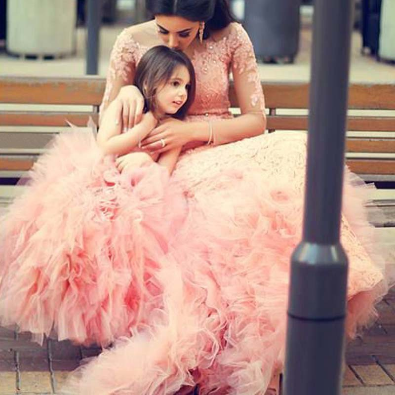 ON SALE! 2017 Pretty Pink Flower Girls Dresses Long Sleeves Appliques Beading Girls Pageant Gown First Communion Custom Dress new holy pink flower girls dresses a line lace appliques 2017 wedding girl wear first communion dress vestidos de long sleeves