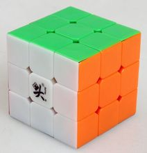 лучшая цена Free shipping NEW Dayan ZhanchiV5  3x3x3 Magic cube 3x3 3-layer 6-Color Speed spring Cube Twist Puzzle Cube White Black Side