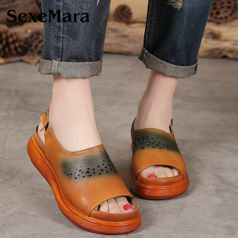 SexeMara Hollow Designer Women's Sandals Genuine Leather Handmade Women Flat Sandals Platform Flats Retro Style Mother Shoes fashionable women s sandals with platform and hollow out design
