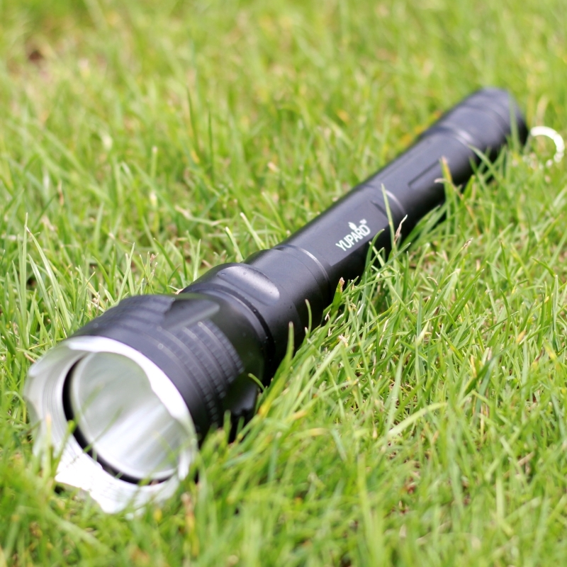 YUPARD Diving 100m Underwater Diver Flashlight Torch XM-L2 LED T6 White Yellow Light Lamp Waterproof 18650 Rechargeable Battery